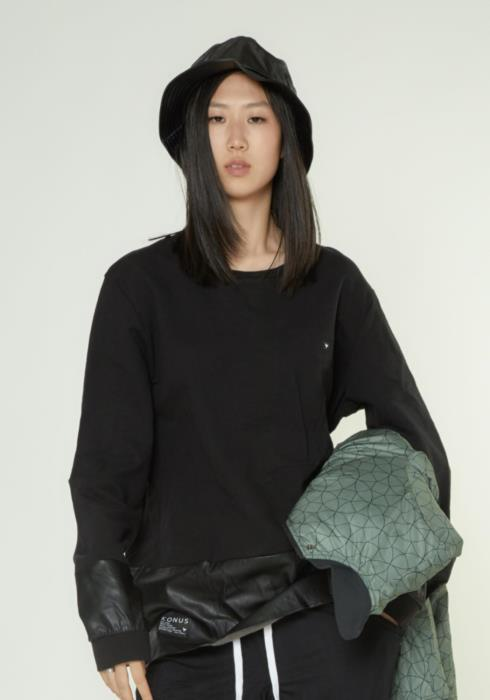 LONG SLEEVE TEE WITH FAUX LEATHER PANELLING