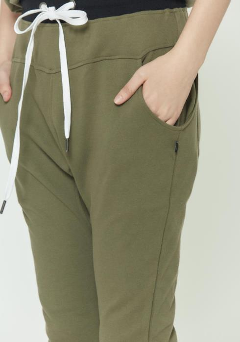 DROP CROTCH SWEAT PANTS WITH SIDE POCKET DETAIL