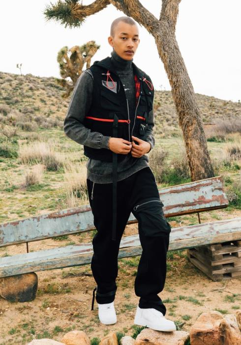 Konus Twill Tech Vest with Multiple Pockets
