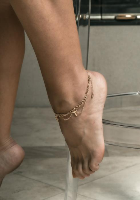 Ada Cross Chained Anklet