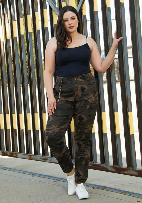 Asoph Plus Size Cami Chained Pants