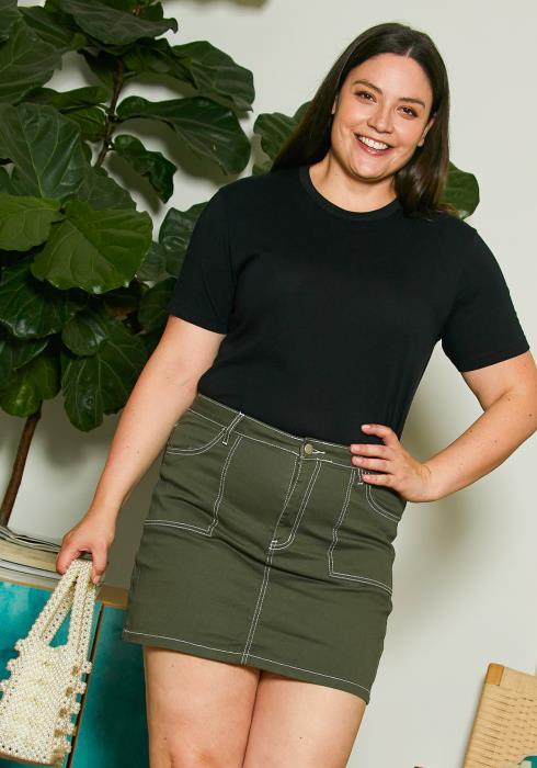 Asoph Plus Size Stitch Mini Skirt