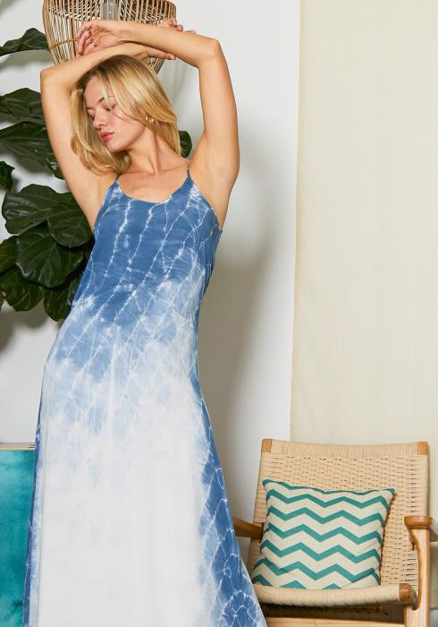 Tansy Womens Blue Fading Tie Dye Maxi Dress