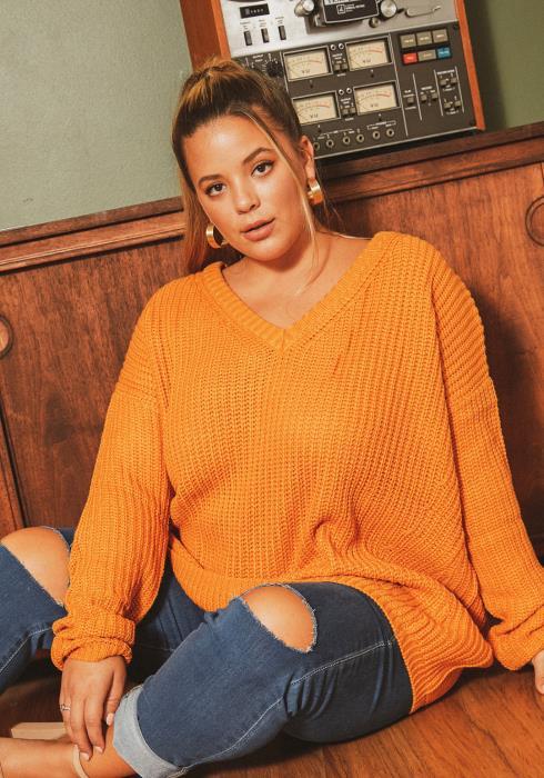 Asoph Plus Size Cross Back Oversized V-Neck Sweater