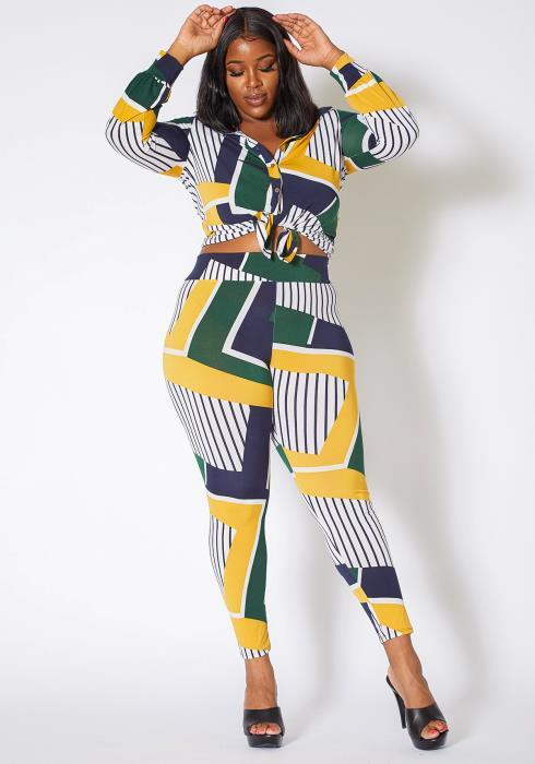 Asoph Curvy Womens Had It Figured Geometric Collar Blouse and Legging Set