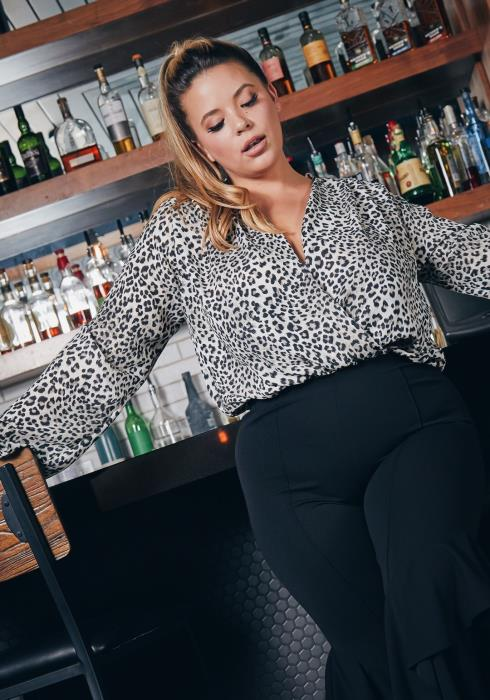 Asoph Plus Size Snow Leopard Long Sleeve Women Bodysuit