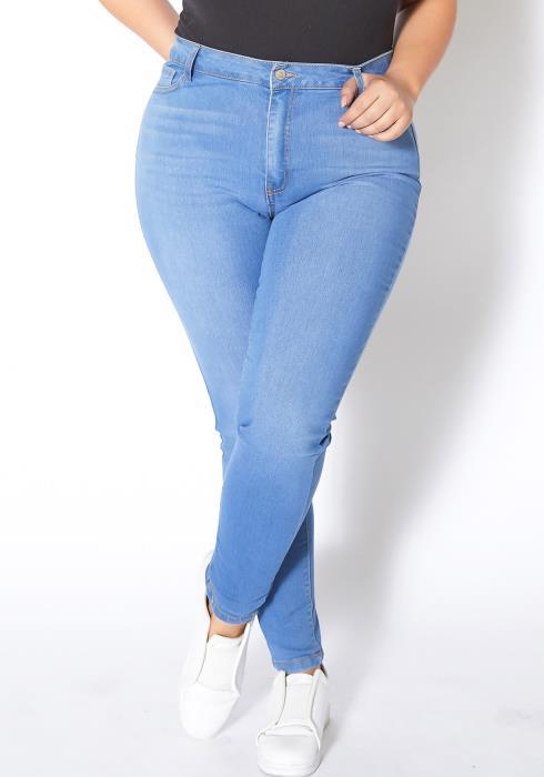 Asoph Plus Size Light Washed Skinny Jean