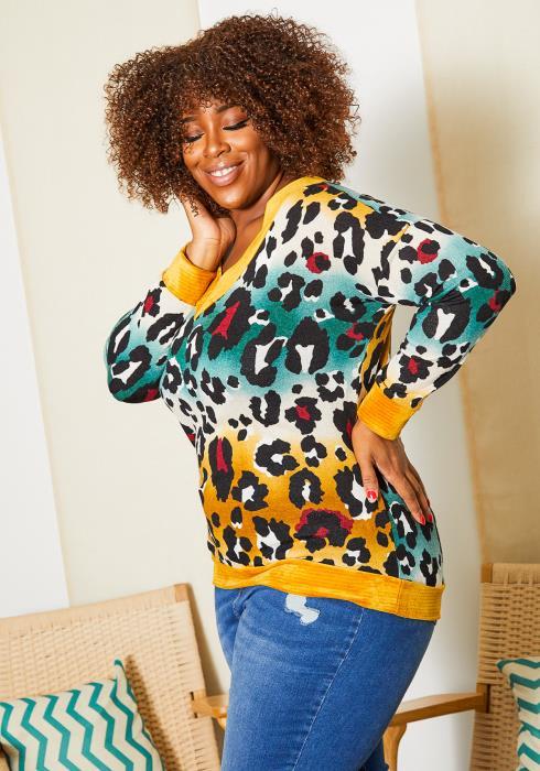 Asoph Plus Size Womens Watercolor Leopard Sweater