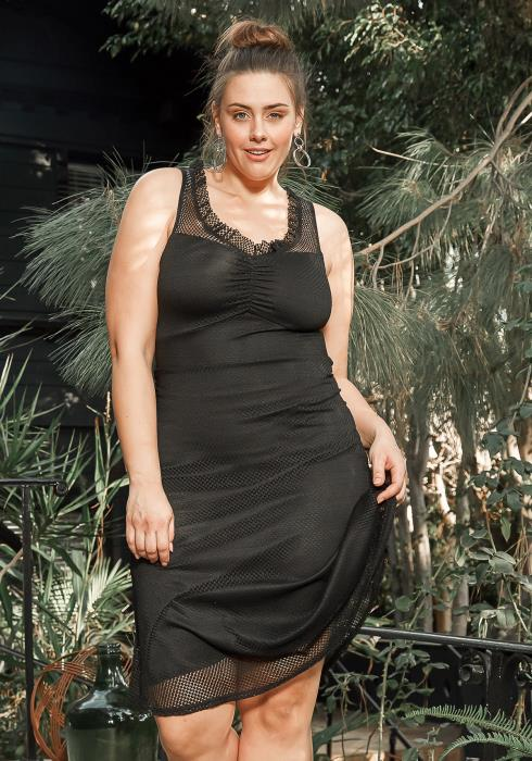 Asoph Plus Size Black Dotted Sleeveless Midi Dress
