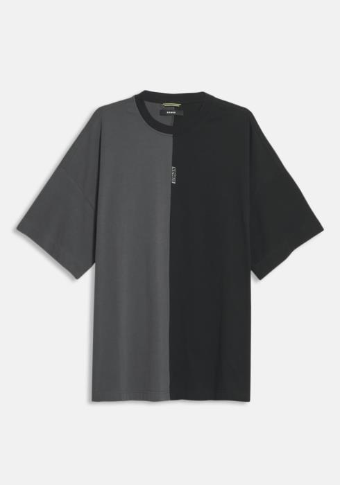 Konus Color Blocked Oversized Short Sleeve Tee  with Reflective Tape on Back