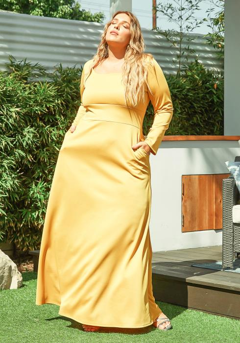 Asoph Plus Size Classic Square Neck Long Sleeve Maxi Dress