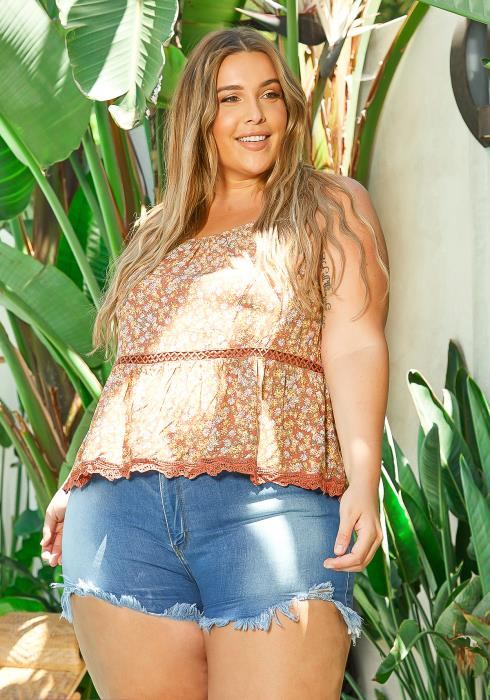Asoph Plus Size Rustic Daisy Floral Cami Top