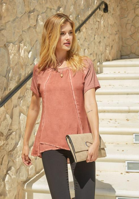 Monoreno Raw Sew Trim Everyday Tee Shirt