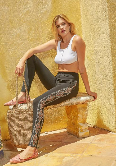 Monoreno Aztec Embroidered High Waisted Leggings