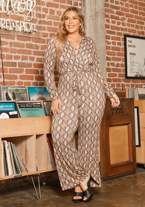 Asoph Plus Size Snakeskin Print Collar Jumpsuit
