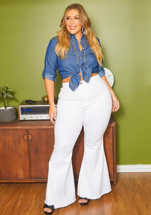 Vibrant Plus Size Classic Bell Bottom Denim Jean
