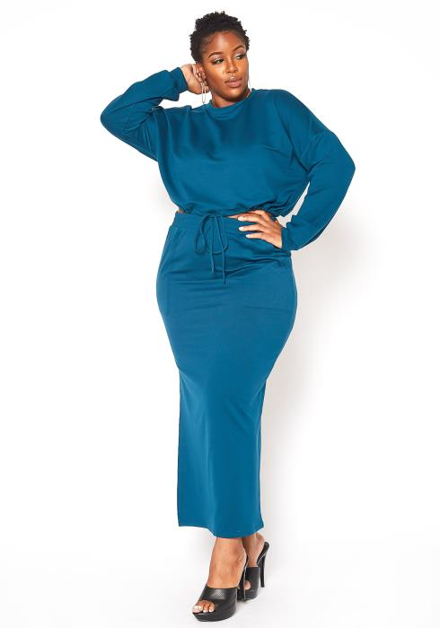 Asoph Plus Size Crew Neck Sweater & Maxi Skirt Set