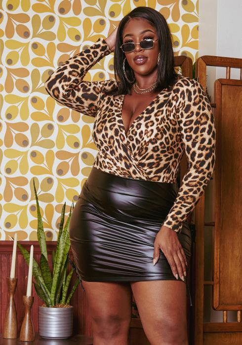 Plus Size Drawstring Hem Faux Leather Mini Skirt