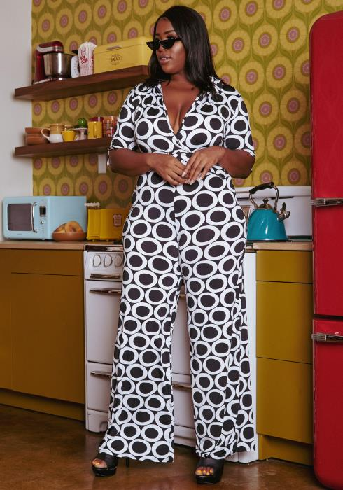 Plus Size O Ring Pattern Flare Jumpsuit