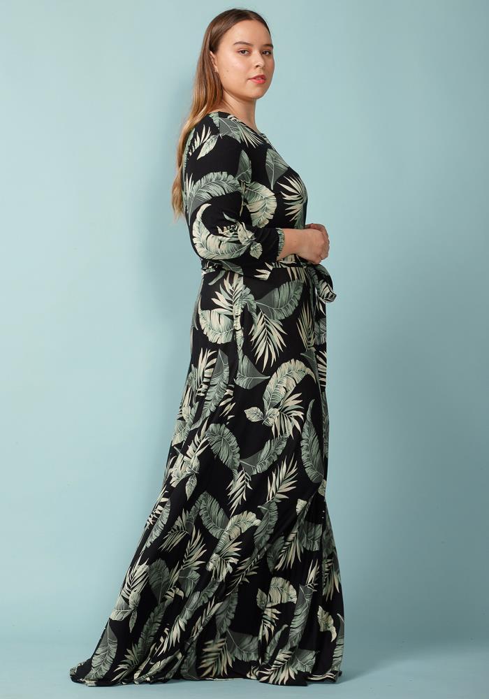 Asoph Plus Size Leaf Printed Boat Neck Maxi Dress  9f7d3b704