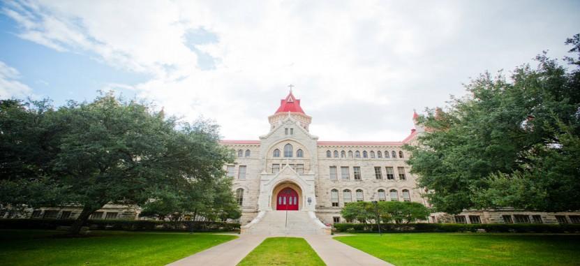 St Edwards University >> Saint Edward S University Overview Plexuss Com