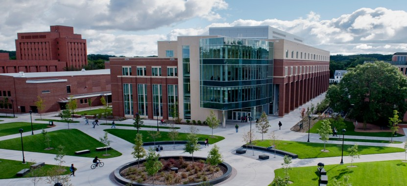 University Of Eau Claire >> University Of Wisconsin Eau Claire Overview Plexuss Com