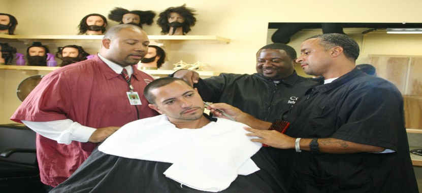 Texas Barber Colleges and Hairstyling Schools | Overview | Plexuss.com