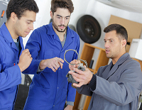 Trade School vs College: The Advantages and Disadvantages of a Vocational Education
