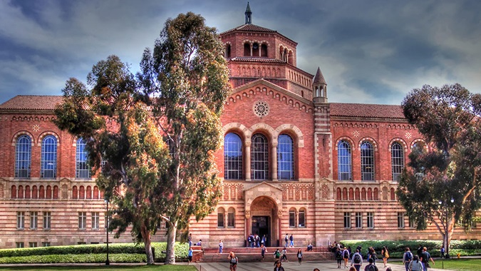 The Admissions Essay That Helped Me Get Into UCLA