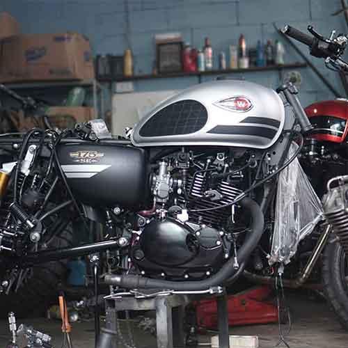 Custom Motor Kawasaki W175 stage 3