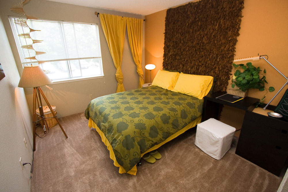Bright bedrooms in University Place apartments