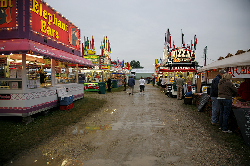 Rain during the kept people from coming out to the McHenry County Fair in Woodstock on Friday evening. Kevin Sherman/ksherman@dailyherald.com/©Daily Herald