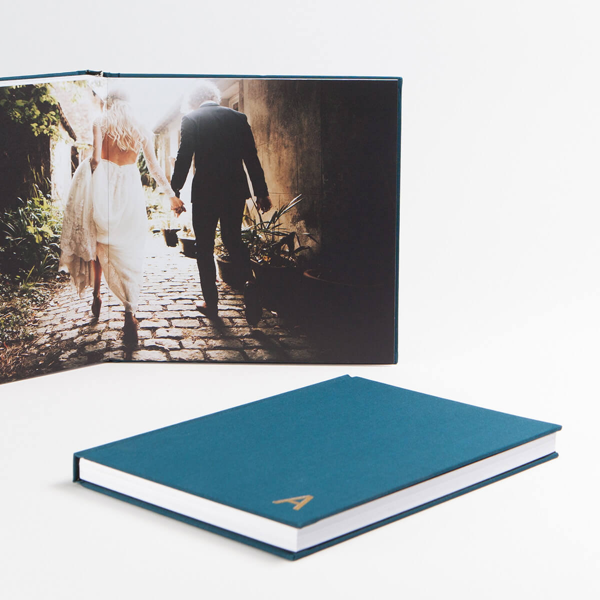 Wedding photos in a Layflat Photo Album