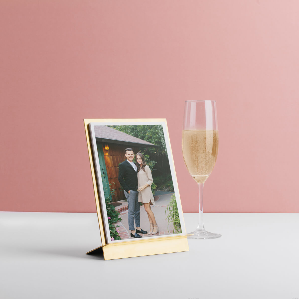 6 Photo Display Ideas for Your Wedding | Artifact Uprising