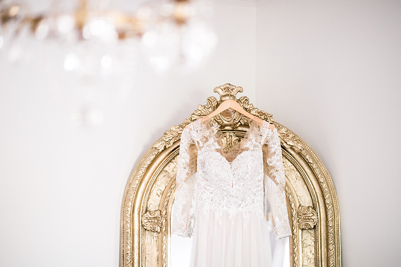 wedding dress and gilded mirror A