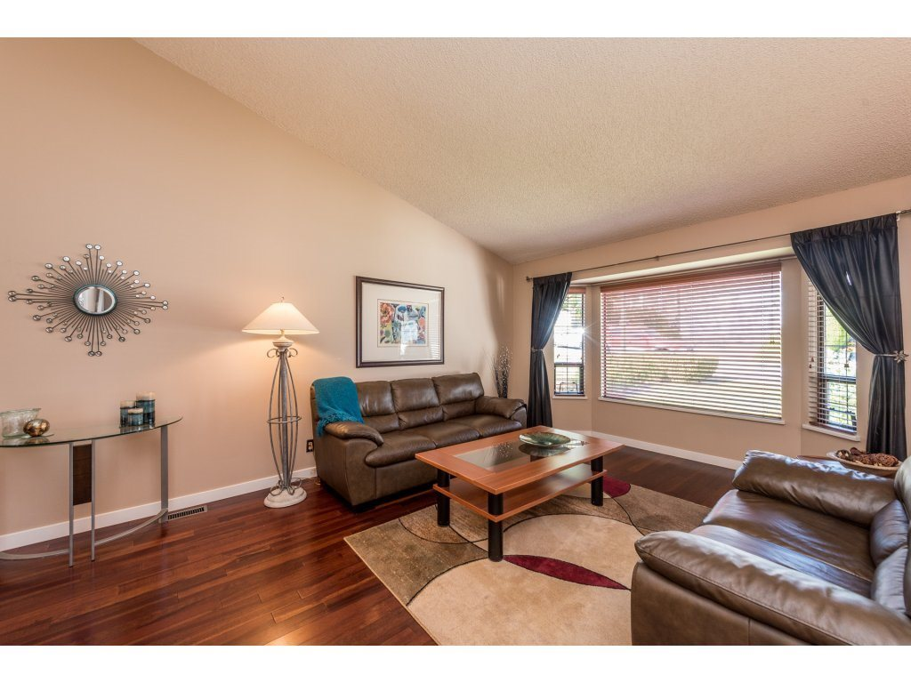 2934 Albion Drive, Coquitlam, BC | R2204723 | Quiet and ...