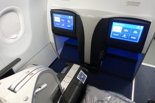 Jet Blue Travel Insurance - Mint Twin Seat   AardvarkCompare.com