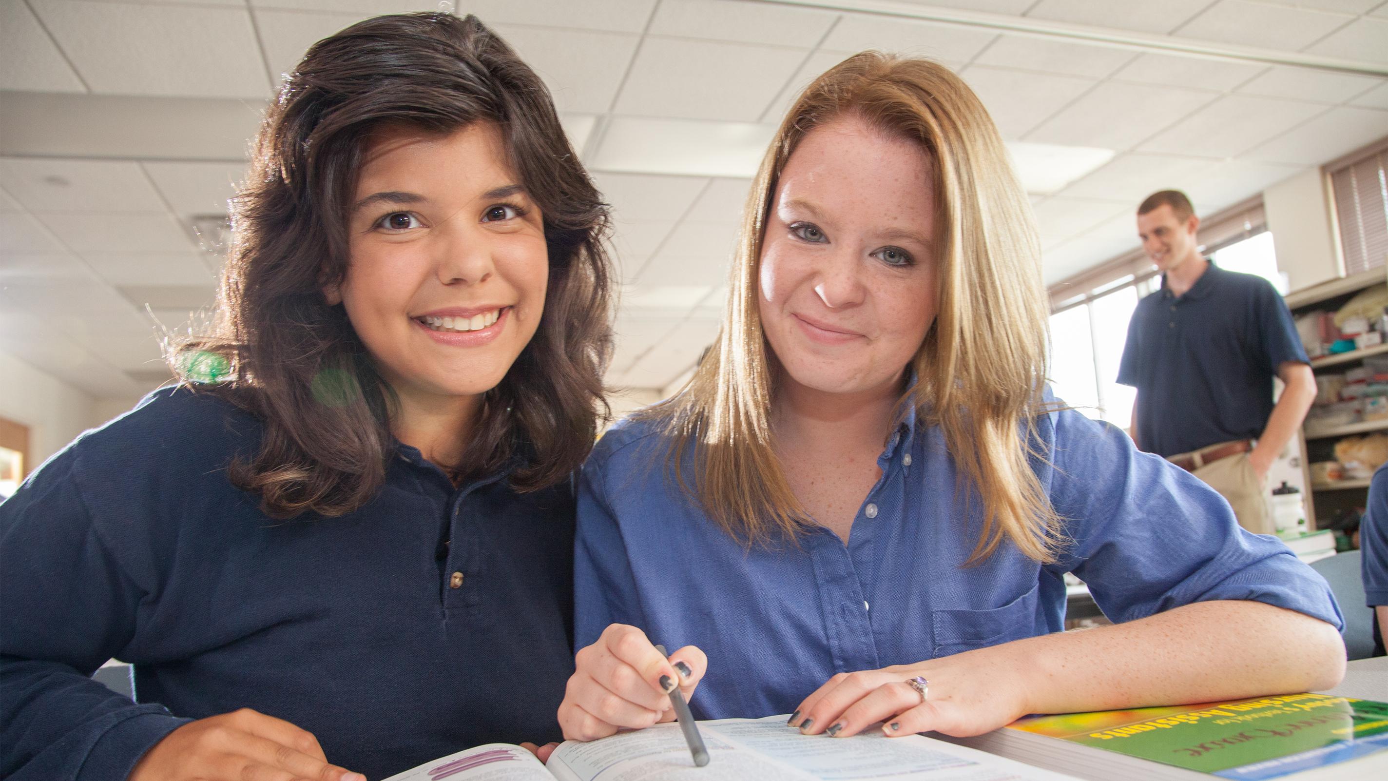 Job Corps student studying together