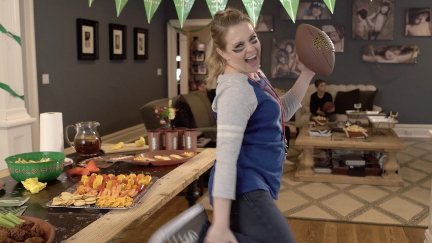 "P&G ""Party On Mom"" (Melissa Joan Hart)"