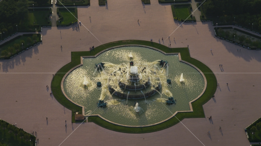 A view of Buckingham Fountain in Grant Park, Chicago, Illinois Aerial Stock Photos | AX0001_097.0000275F