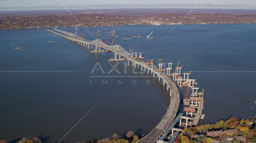 Tappan Zee Bridge spanning the Hudson River in Autumn, Tarrytown, New York Aerial Stock Photos AX119_087.0000128F