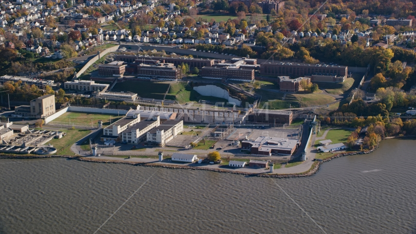 Sing Sing Prison by the Hudson River in Autumn, Ossining, New York Aerial Stock Photo AX119_122.0000128F | Axiom Images