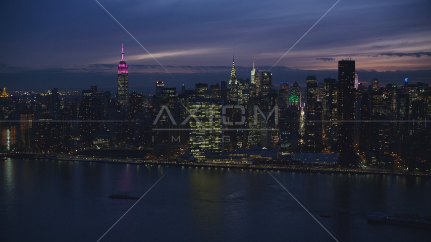 The UN Building in Midtown Manhattan at night, New York City Aerial Stock Photos AX121_144.0000246F | Axiom Images