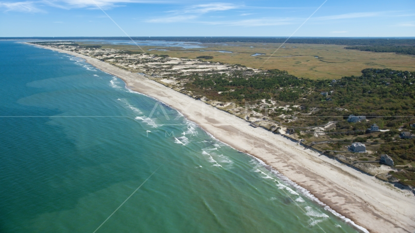 A stretch of beach with homes in Barnstable, Massachusetts Aerial Stock Photos | AX143_131.0000105