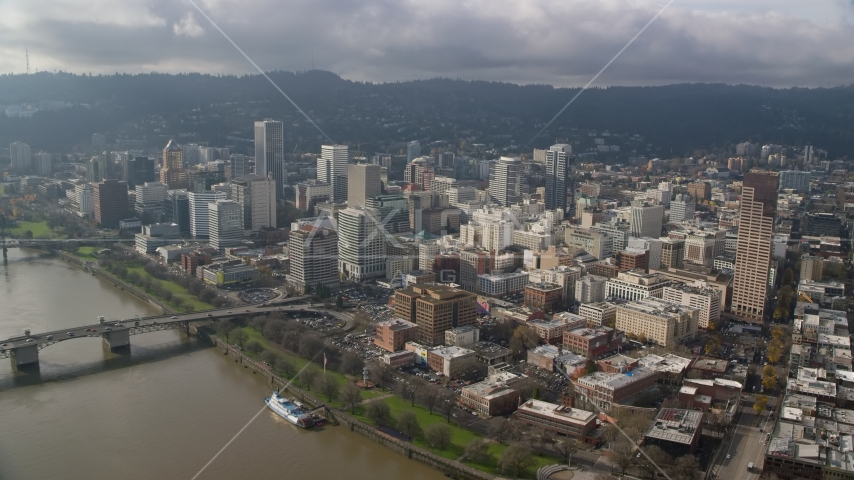 Downtown Portland seen from the Willamette River, Oregon Aerial Stock Photos AX153_105.0000159F