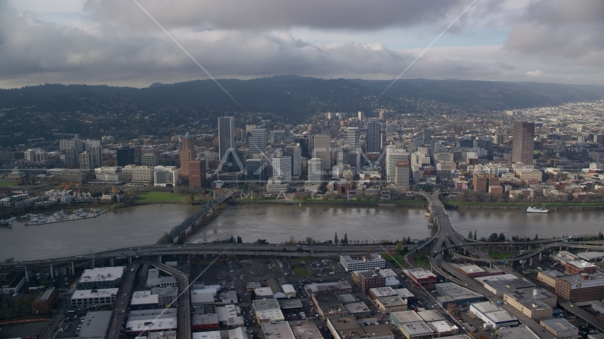 Hawthorne and Morrison Bridges, and skyscrapers in Downtown Portland, Oregon Aerial Stock Photos AX153_127.0000000F
