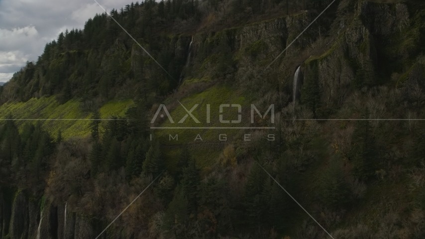 Waterfalls on cliffs in Columbia River Gorge, Washington Aerial Stock Photos | AX154_010.0000296F