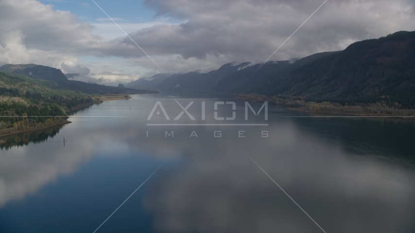 The Columbia River and the Columbia River Gorge, Washington Aerial Stock Photos AX154_015.0000255F | Axiom Images