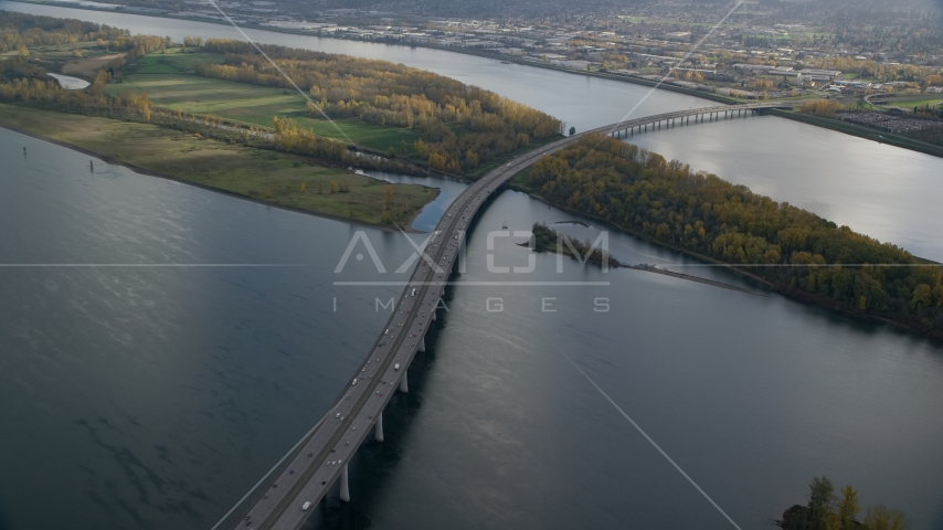 I-205 Bridge spanning the Columbia River, Vancouver, Washington Aerial Stock Photo AX154_219.0000231F | Axiom Images