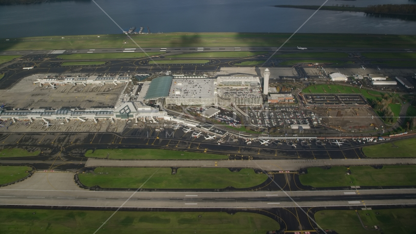 A view of Portland International Airport, Oregon Aerial Stock Photos | AX154_223.0000244F